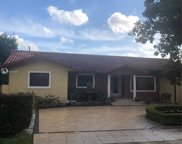 9800 Nw 28th Ter, Doral image