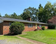 4624 Chestnut Hill  Drive, Northport image