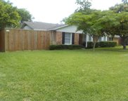 6408 Linden Lane, Dallas image