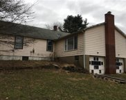 393 Perry Hwy, Lancaster Twp image