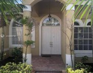 2532 Eagle Run Cir, Weston image
