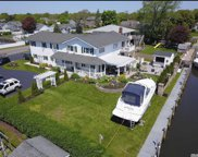 201 W Secatogue Ln, West Islip image
