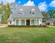 12323 Shireburk Ave, Baton Rouge image