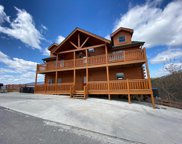 1437 Eagle Cloud Way, Sevierville image