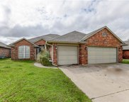 409 N Shannon Way, Mustang image
