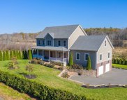 54 College Hwy, Southwick image