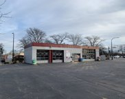 4401 West Touhy Avenue, Lincolnwood image