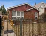 1733 West Foster Avenue, Chicago image