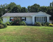 1 Waldens Dr, Fairfield Township image