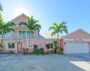 404 21st Place N, Bradenton Beach image