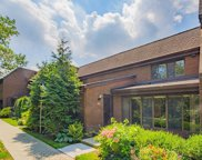 26 Frost Pond  Drive, Roslyn image