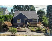 7534 SW VIEW POINT  TER, Portland image