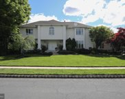 39 Cameo Dr, Cherry Hill image