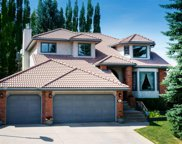 83 Patterson Crescent Sw, Calgary image