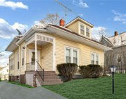 16  Wells Avenue, Middletown image