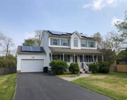 3 Hyland Rd, Center Moriches image