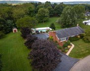 805 Chateau Dr, Franklin Twp image