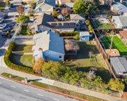 581 Oak Ridge Dr, Redwood City image