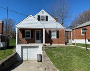 3971 Carrie  Avenue, Cheviot image