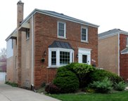 9026 W Forestview Drive, North Riverside image