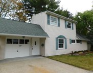 67 Blacksmith Rd, Levittown image