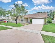 939 Nw 161st Ave, Pembroke Pines image