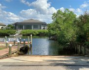 6132 Lake Front Dr, Fort Myers image