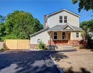 74 S 29th St, Wyandanch image
