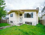 524 E Columbia Street, New Westminster image