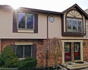 2298 LONDON BRIDGE DR UNIT 54, Rochester Hills image