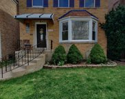 5539 W Sunnyside Avenue, Chicago image