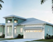 615 Pinckney Drive, Apollo Beach image