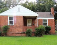 204 Oak Forest  Drive, Montgomery image