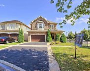 90 Longueuil Pl, Whitby image