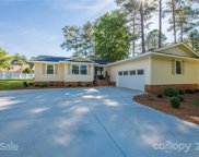 583 Isle Of Pines  Road, Mooresville image
