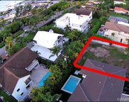 245 Buttonwood Dr, Key Biscayne image