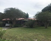5015 Twin Pine Drive, Plant City image