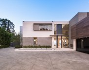 1401  Londonderry Pl, Los Angeles image