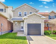 10 Greenfield Cres, Whitby image