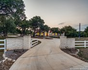 8037 Rock Oak Cir, Boerne image