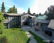 1437 Hillcrest Drive, Anchorage image