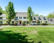 16 Grace Ln, Oyster Bay Cove image