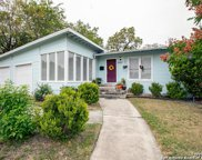 2523 W Summit Ave, San Antonio image