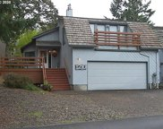 1210 NW DRIFTWOOD  PL, McMinnville image