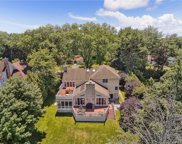 62 Stratton  Road, Scarsdale image