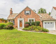 2530 Moundview  Drive, Norwood image