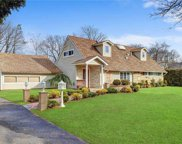 73 Parkway  Drive, Roslyn Heights image