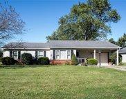 438 Fox Circle, Noblesville image
