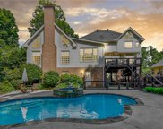 180 Chickering Lake Drive, Roswell image