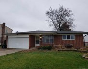 32043 Gainsborough Dr, Warren image